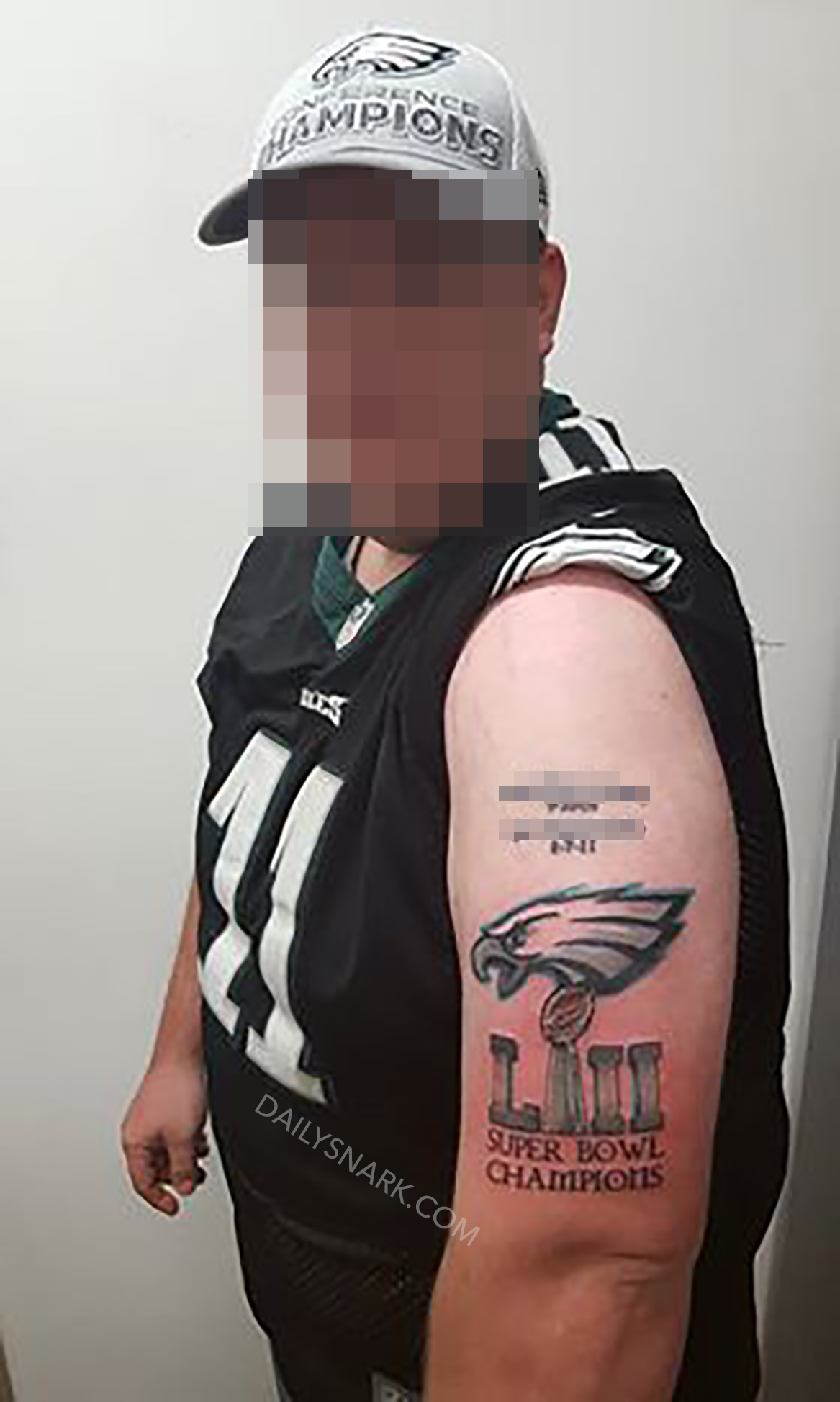 Eagles fan gets massive super bowl lii champions tattoo for Philly sports tattoo