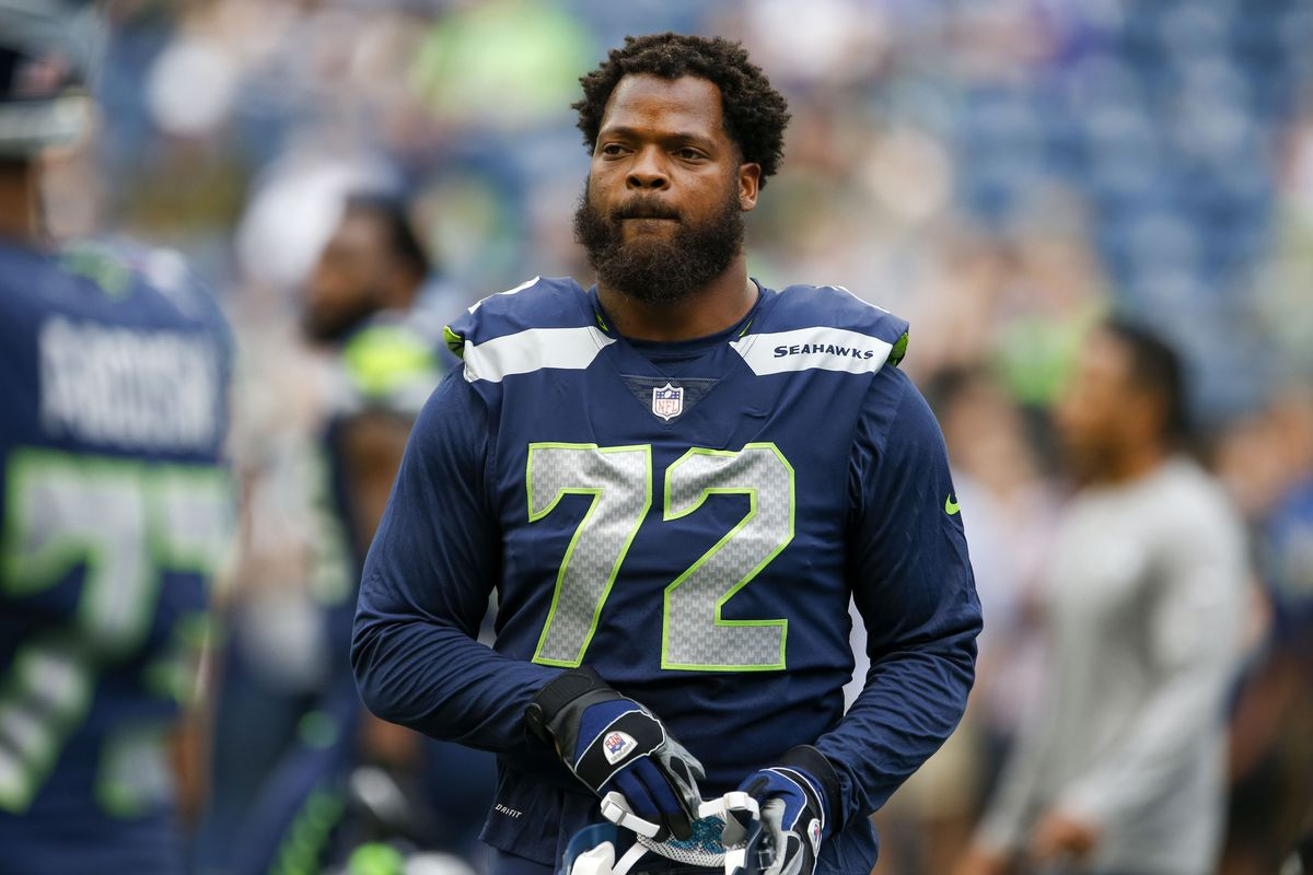 buy popular f1c55 16cdc BREAKING: Seahawks Have Traded DE Michael Bennett To The ...